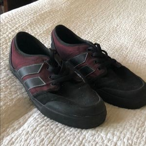Macbeth shoes. Black and maroon color.